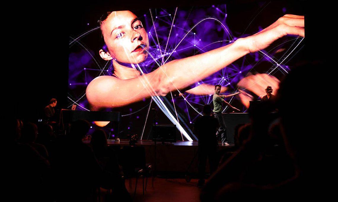 Net:art performance Linz